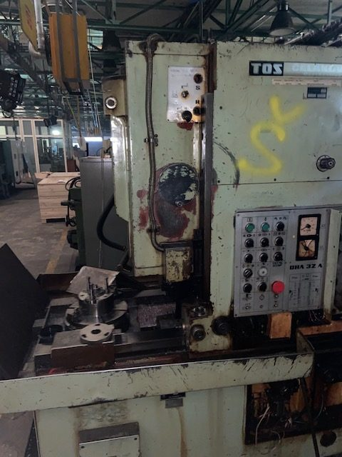 tos oha 32a gear shaping machine 1 rotated